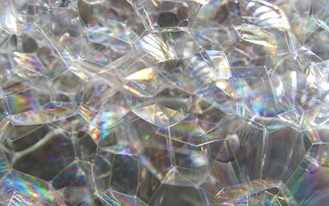 中野駅前で泡にまみれる音楽イベント「泡パーク」