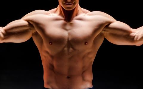 コレが不足していると筋肉は育たない!?