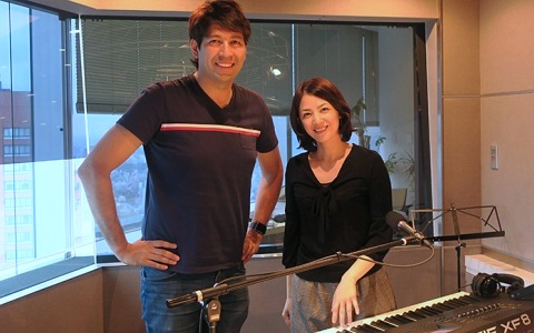 ピアニストの西村由紀江 「音楽は人を笑顔にする」