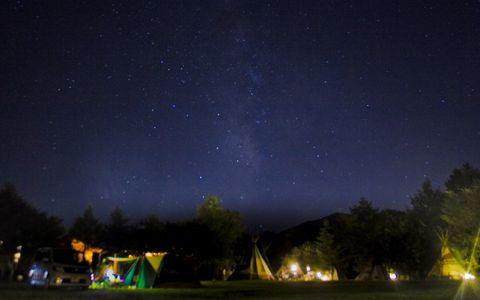 「森と星空のキャンプヴィレッジ」でグランピング体験