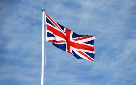 イギリスのEU離脱は「経済」vs「感情」?