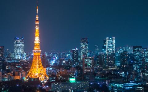 東京タワーの色は赤? オレンジ? それとも…