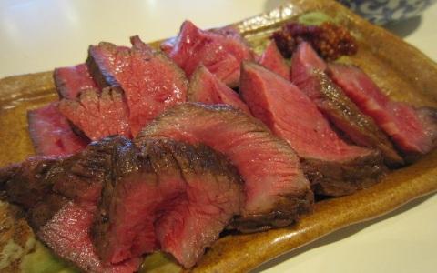 アンジャ渡部も興奮! 名店焼き肉「肉山」×「わ」