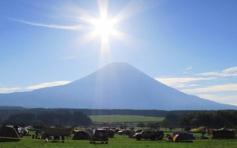 富士山のふもとで野外フェスとキャンプ!