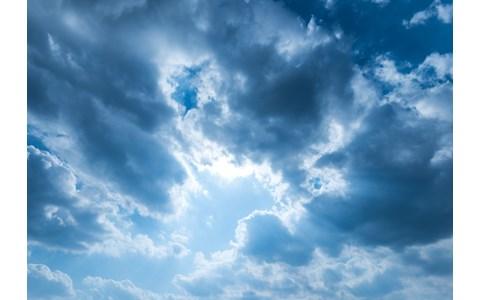 「雲間から射し込む一条の光」と形容されたオーボエ
