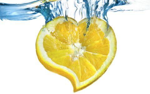 なぜ?醤油・味噌の醸造所が「ハート型レモンティー」