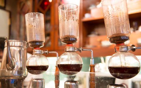 カフェにはない「純喫茶」の魅力をマニアに聞いてみた
