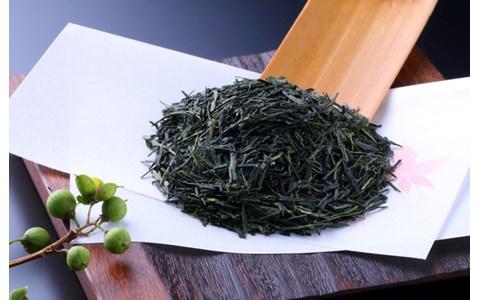 世界初! ハンドドリップで日本茶を淹れる店