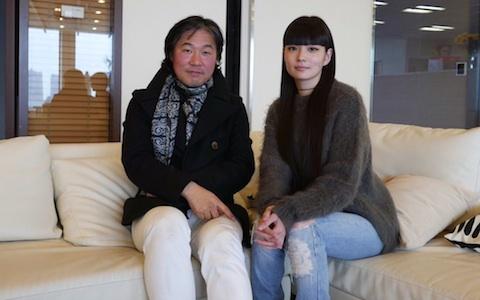 """日本摄影师在法国活跃的""""网络技术"""""""