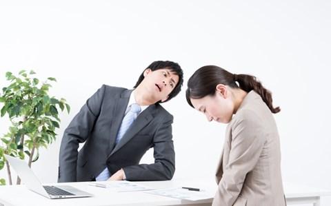職場の「こんな先輩イヤだ!」 効果的な対処法は?
