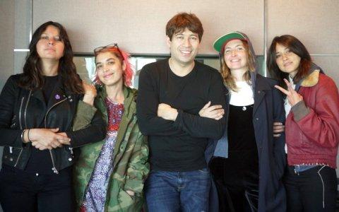 SXSW発女子バンドWarpaint「監獄バーに行きたい!」