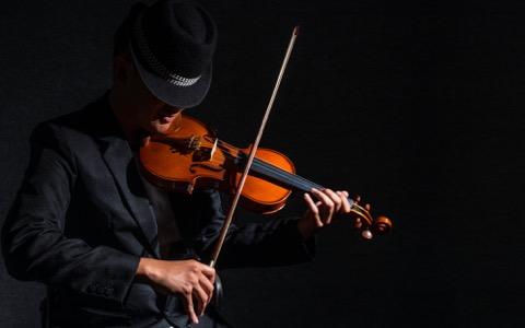 スープカレー協会と有名ヴァイオリニストの意外な関係