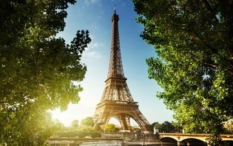 現地に住んだ写真家、フォトジェニックな街パリを語る