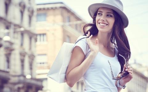ヨーロッパ女性の服の選び方は日本人も真似るべき?