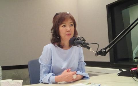女優・浅田美代子が動物愛護団体をサポートする理由
