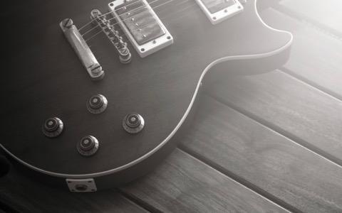奥田民生が初めて買ったエレキギターで弾いた曲は?