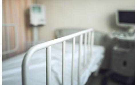 日本の精神科医療の現場 身体拘束の現状