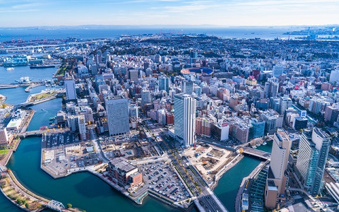 【88日間開催】 横浜で3年に1度の現代アート展開幕!