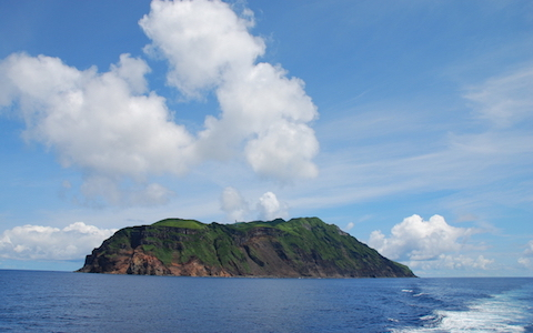 満点の星空の島にヘリで…? まだ間に合う夏の島旅