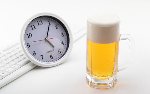 """就業中のノンアルコールビール、""""法律的""""には…"""