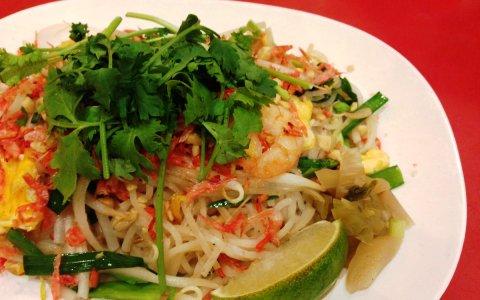 タイ伝統の味を再現したパッタイを食べられるお店