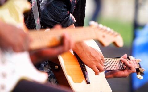 富山県南砺市に根付く世界の音楽の祭典「スキヤキ」