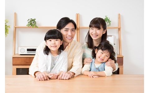 「Xperia Hello!」は家族と家族をつなぐロボット?
