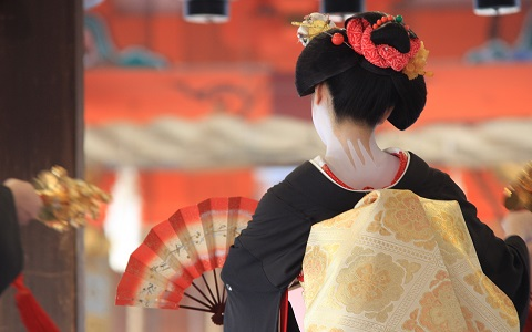 京都に誕生!草間彌生作品を鑑賞できる美術館の魅力