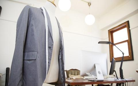 60歳男性ファッションデザイナーが作る服の魅力とは