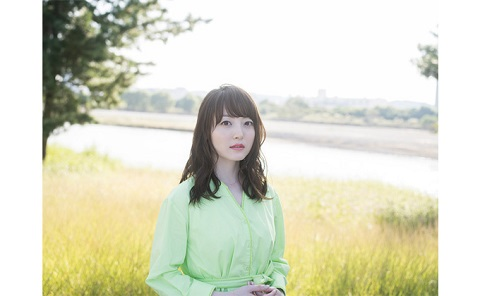 声優・花澤香菜が幸せを感じる瞬間は「〇〇を選んでいるとき」