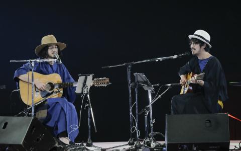 大橋トリオ+THE CHARM PARKのギターコラボに大歓声! 国技館のステージで挑戦したかった曲とは