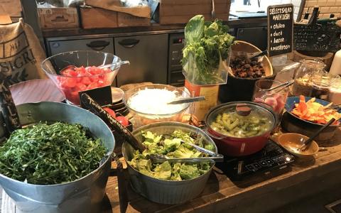 旬の野菜をたっぷり堪能! 都内でいただく産地直送野菜ビュッフェランチ
