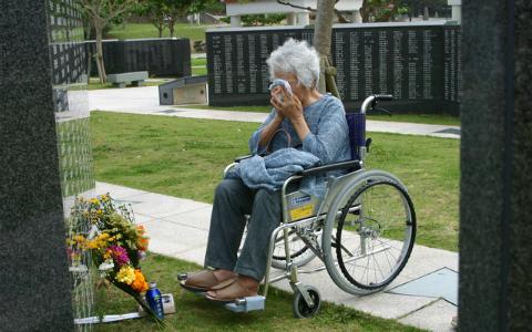 戦争体験者「これは語っていいのだろうか?」 葛藤を経て…涙なしでは読めない一冊
