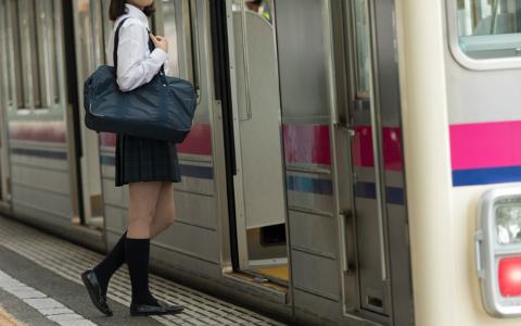 「シンデレラ体重」が話題に…日本の10代少女、容姿に自信があるのはわずか7%