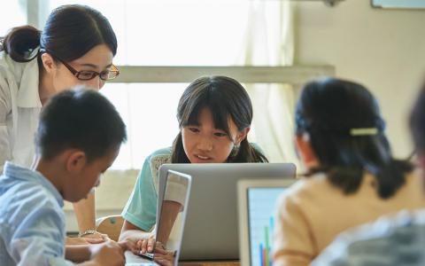 中学3年生が作ったアプリが5万DL! 必修科目になる「プログラミング教育」の現状は?
