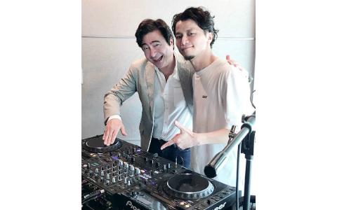 KREVA、生放送中に新テーマ曲を制作! 「〜JK RADIO〜TOKYO UNITED」10周年をお祝い