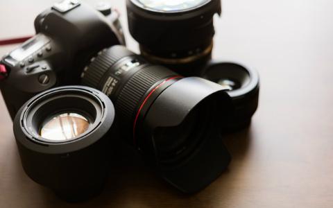岡田准一「神業ですよね」 年200日シャッターを切る航空写真家に驚愕