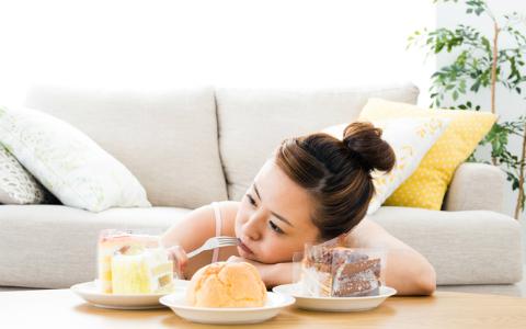 甘いものは何時まで食べていい? 「老けない食事」に重要なこと