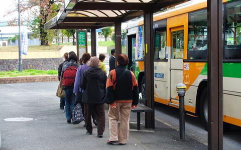 Googleマップでバスの運行情報がわかるように!? バス業界の最新事情