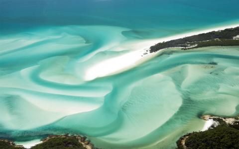 『ファインディング・ニモ』の舞台にも…一度は行ってみたい、オーストラリアの絶景ビーチ
