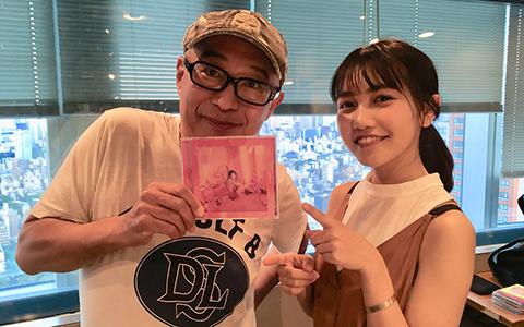 井上苑子、新アルバムのジャケットに「ピンクってかわいいイメージだと思うんですけど…」