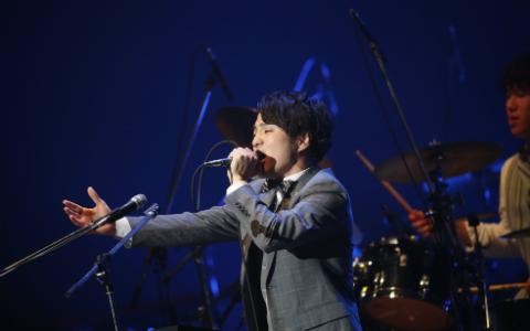 Official髭男dism「この場所で歌えることが嬉しい」 全身全霊のステージで、横浜アリーナを魅了!