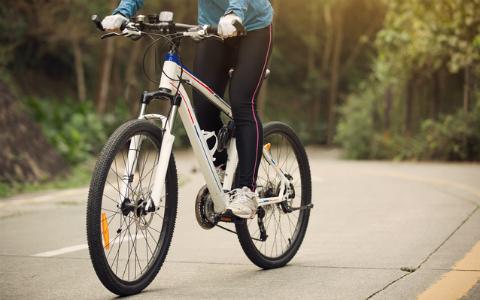 今さら人に聞けない?! スポーツ自転車の選び方を『自転車日和』編集長が紹介