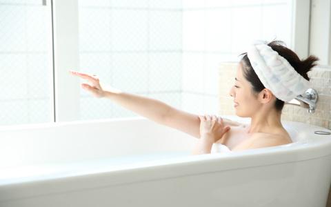 入浴は「冷やして温め、寝る90分前にあがる」で熟睡! お風呂ソムリエが伝授