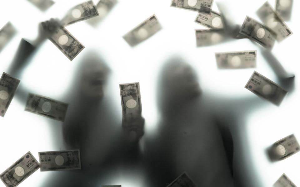 「年収700万円」を超えると、幸福度が減っていく!? その理由は…