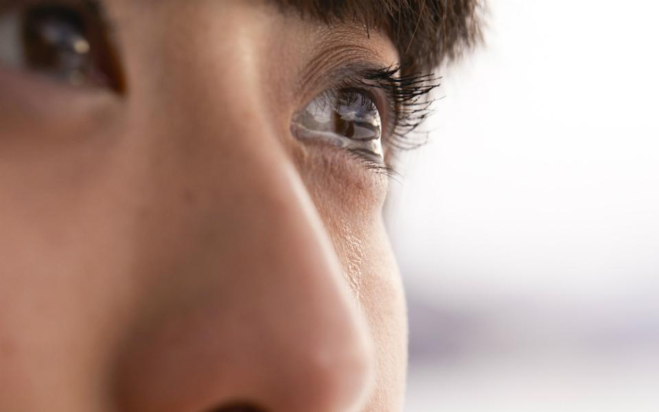 「泣くとストレス解消」は医学的に証明されている! でも…