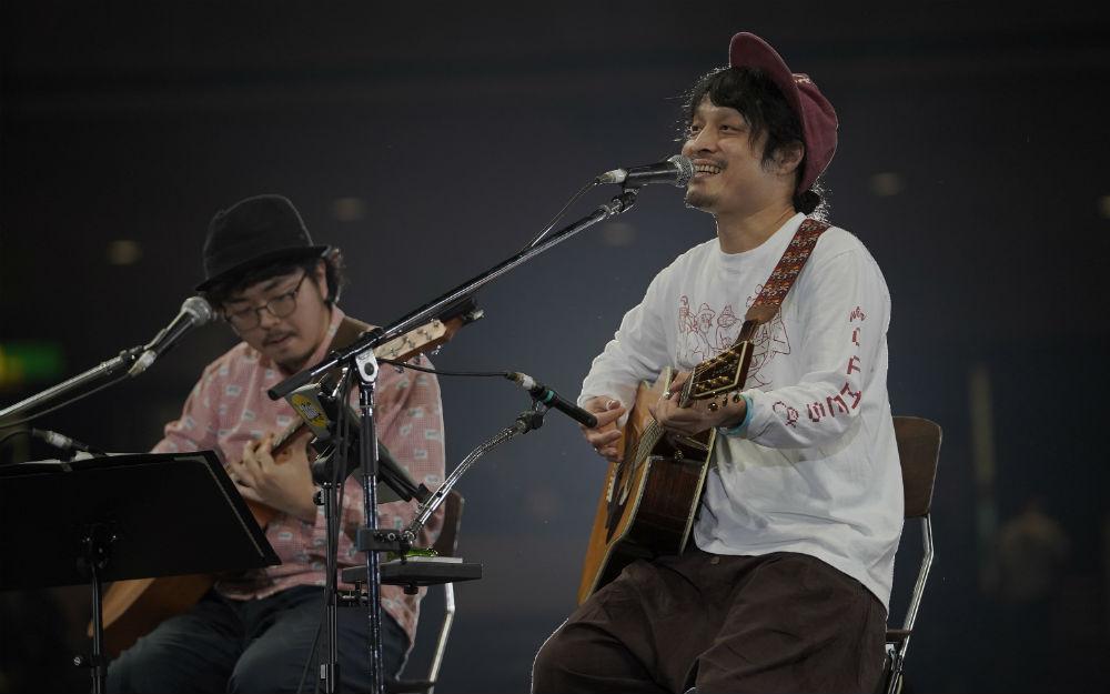 高田漣、 深みある歌声とギターの音色が両国を包み込む! 超特急への提供曲『ソレイユ』のセルフカバーも披露【30th J-WAVE TOKYO GUITAR JAMBOREE】