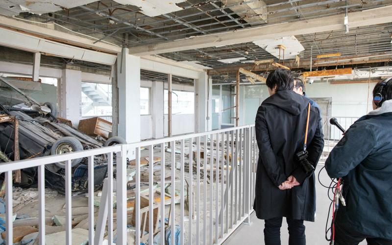 津波で体育館の屋根が3秒でなくなった…藤巻亮太、東日本大震災の被災地を訪ねる
