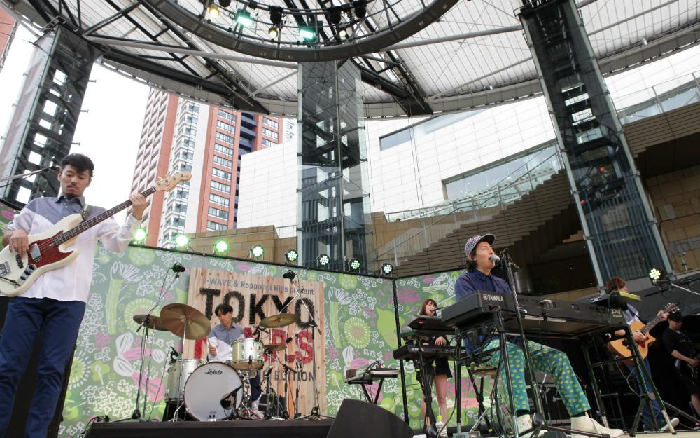 ビッケブランカ、メロディーメイカーとしての魅力が炸裂! 音楽性の幅広さを見せつけるステージ【TOKYO M.A.P.S】