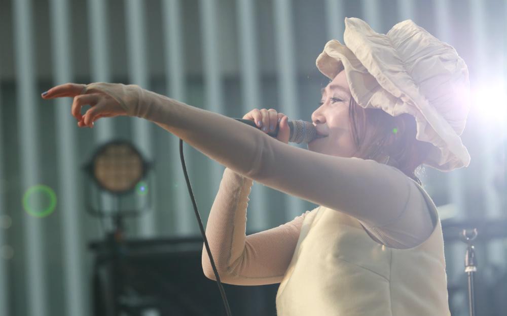 EGO-WRAPPIN' 、六本木ヒルズアリーナを歌い踊らせたエネルギー溢れるライブ!【TOKYO M.A.P.S】